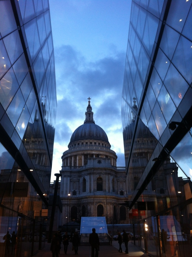 The view of St Pauls from the entrance to Barbecoa
