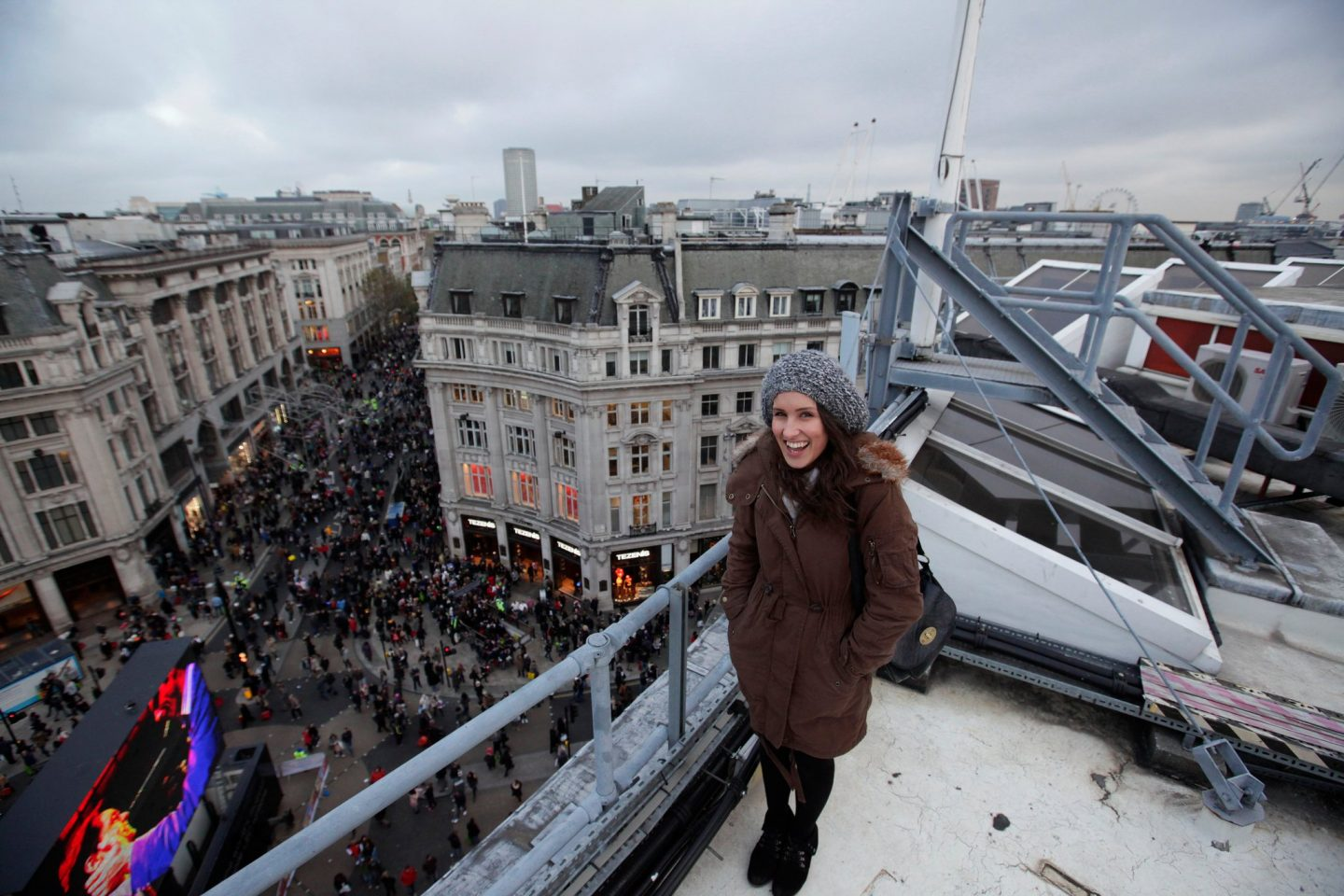 Jane Cook (HungryCityHippy) on Oxford Circus Rooftop