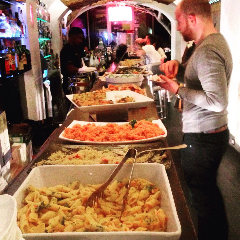 Aperitivo in Fluid cocktail bar, Rome