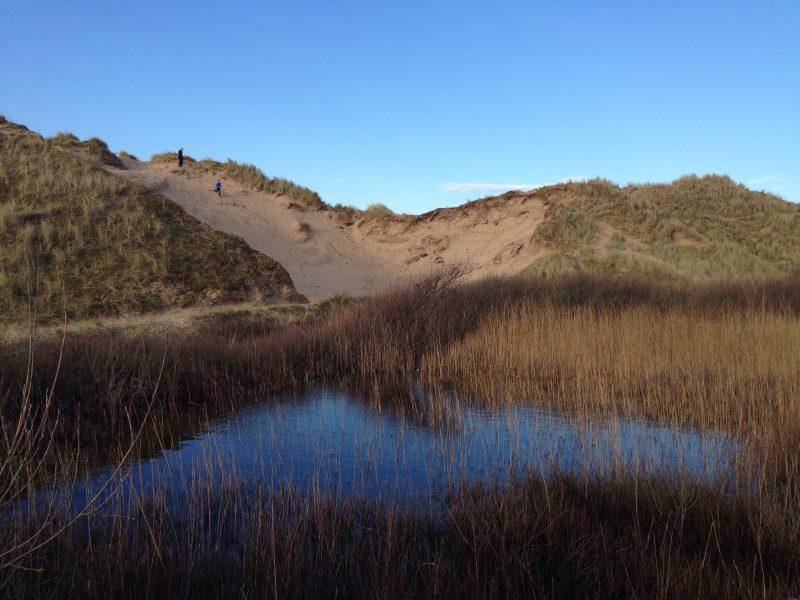 Walking to Llangennith beach