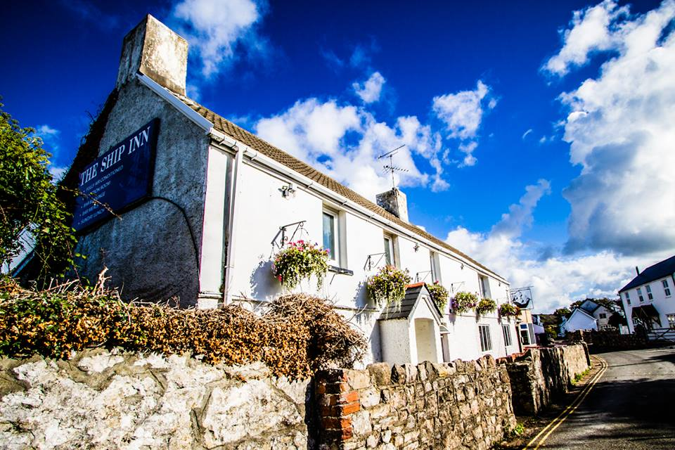 Review: The Ship Inn, Port Eynon