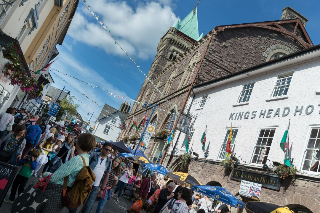Win two Abergavenny Food Festival tickets – 16th & 17th September 2017