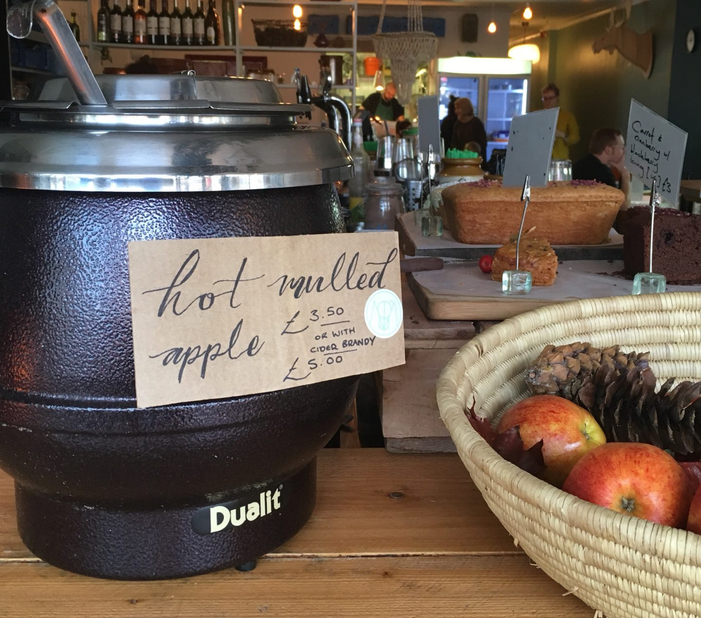 Hot mulled apple