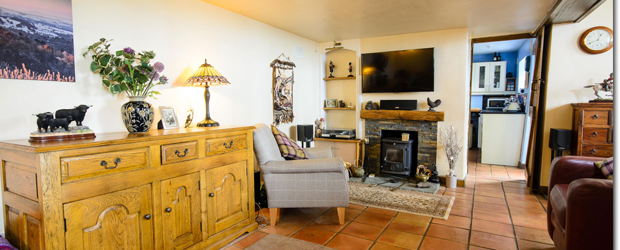 Wye Valley Retreat Lounge