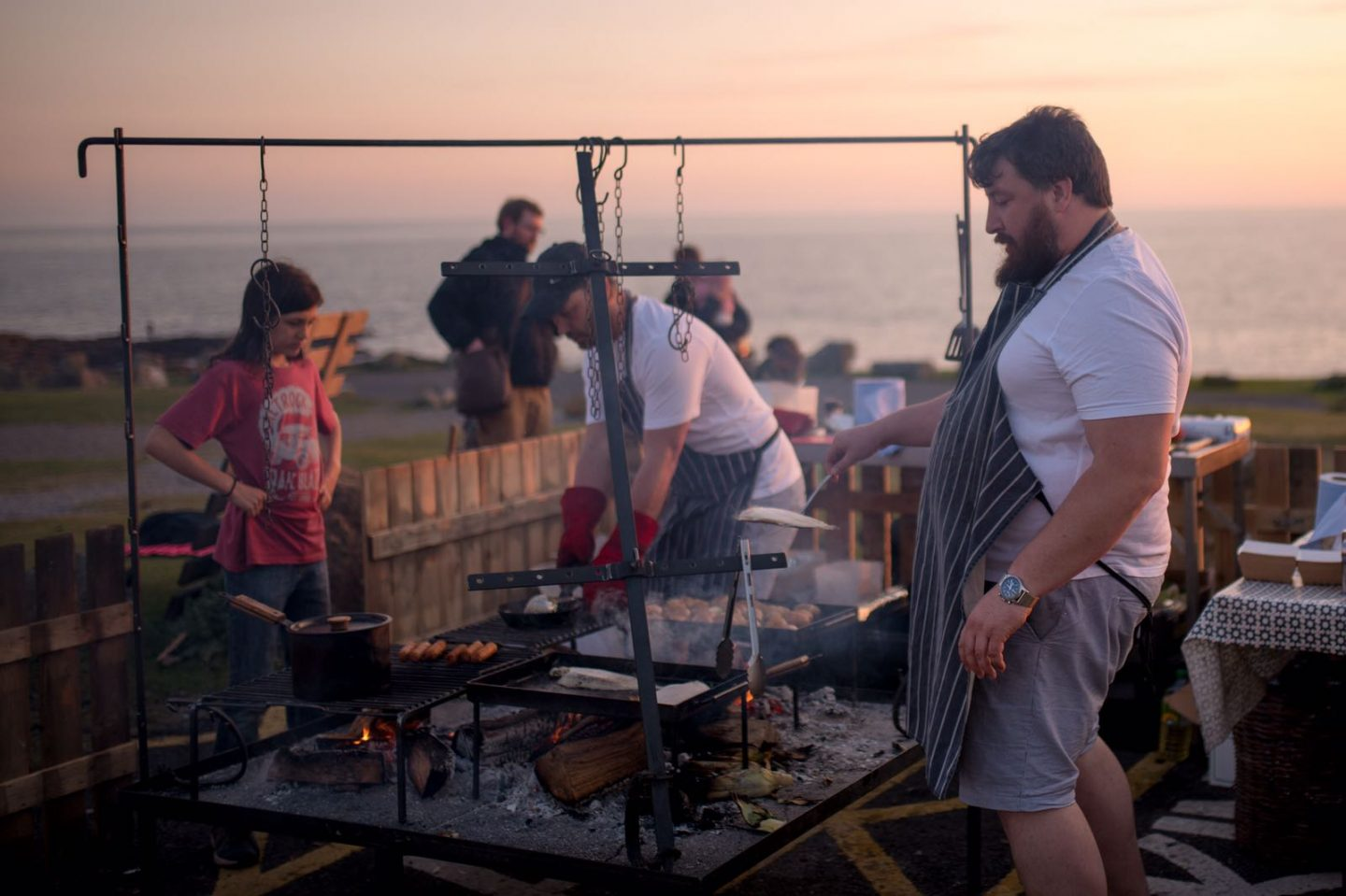 You can now eat freshly cooked seafood on Ogmore beach thanks to 'The Two Anchors'